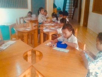 Tische für die Grundschule